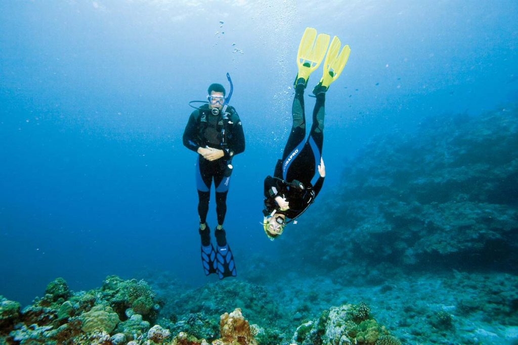 divers practicing buoyancy ibiza